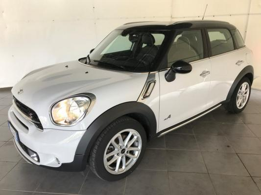 Mini Countryman 0