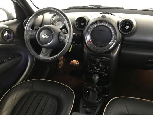 Mini Countryman 14