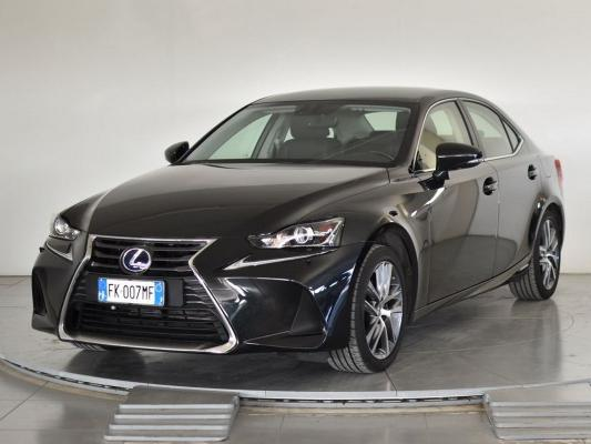 Lexus IS Hybrid 0