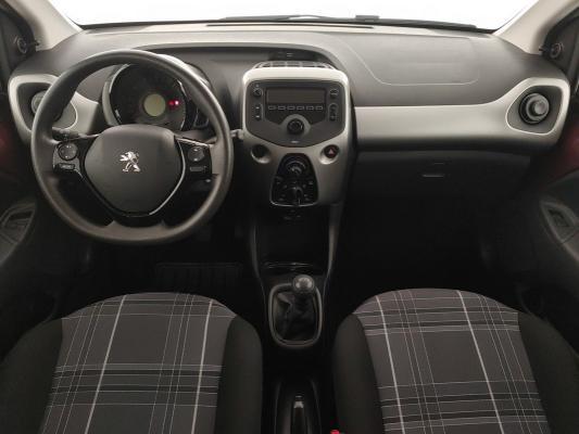 Peugeot 108 13