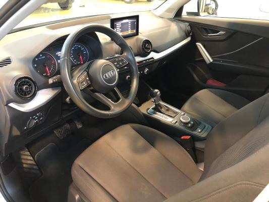 Audi Q2 15