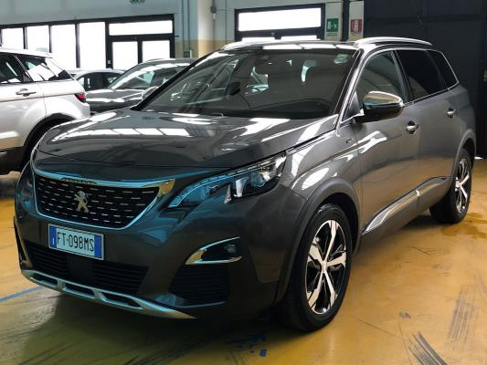 Peugeot 5008 0