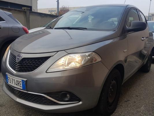 Lancia Ypsilon 0