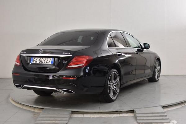 Mercedes-Benz Classe E 6