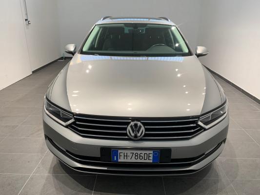 Volkswagen Passat Variant 2