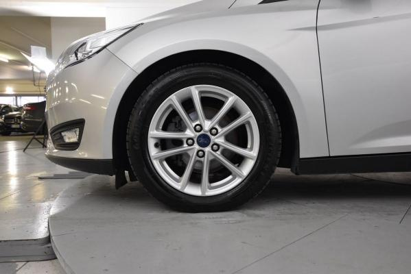 Ford Focus SW 19