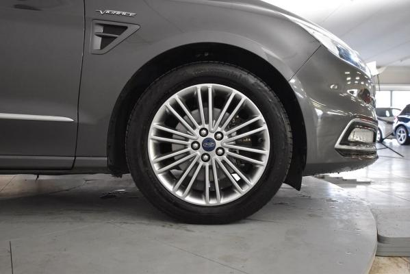 Ford S-Max 22