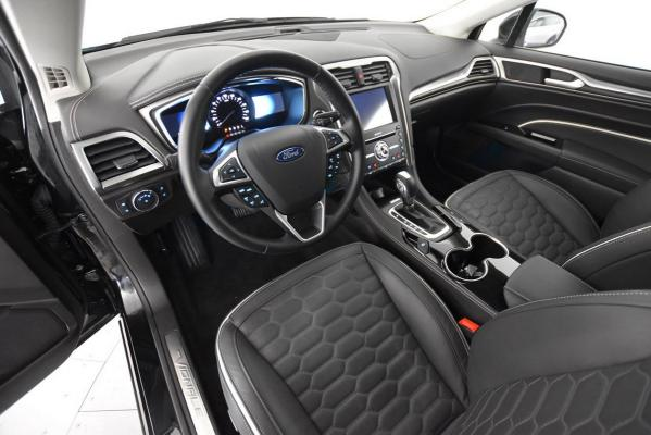 Ford Mondeo Hybrid SW 9