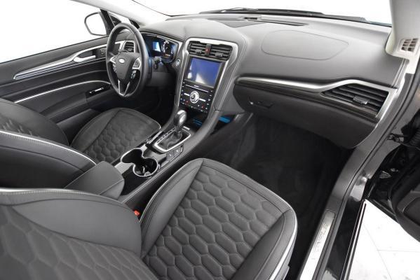 Ford Mondeo Hybrid SW 11
