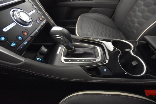 Ford Mondeo Hybrid SW 19
