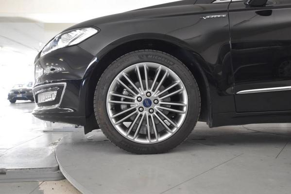 Ford Mondeo SW 21