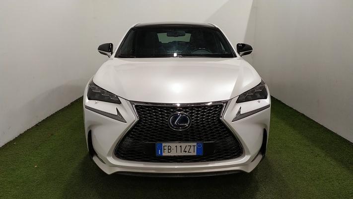 Lexus NX Hybrid 3