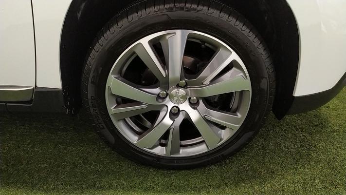 Peugeot 2008 16