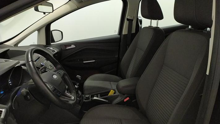 Ford C-Max 7 9