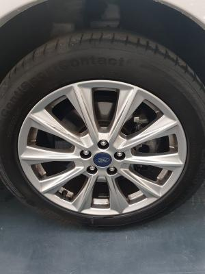 Ford Kuga 24