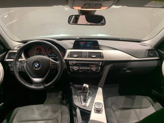 BMW Serie 3 Touring 12