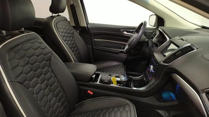 Ford Edge 10