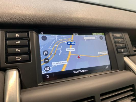 Land Rover Discovery Sport 16