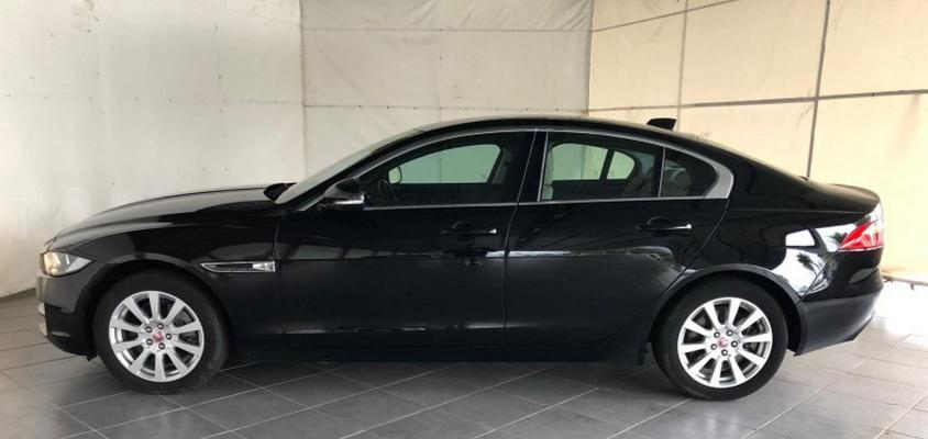 Jaguar XE 1