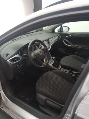 Opel Astra ST 9