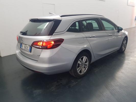 Opel Astra ST 6
