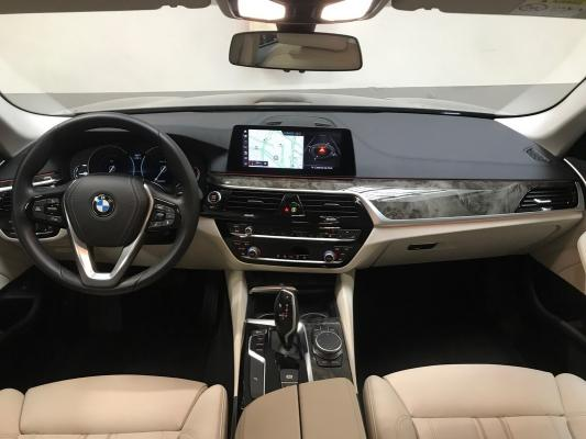 BMW Serie 5 Touring 14