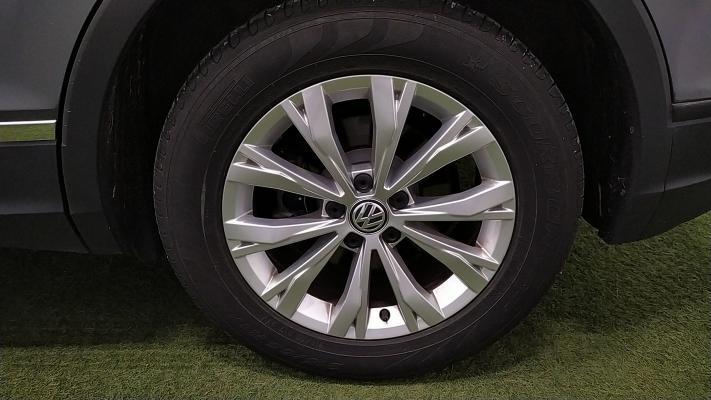 Volkswagen Tiguan 20