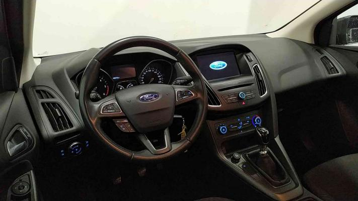 Ford Focus SW 16