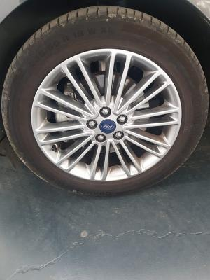 Ford S-Max 23