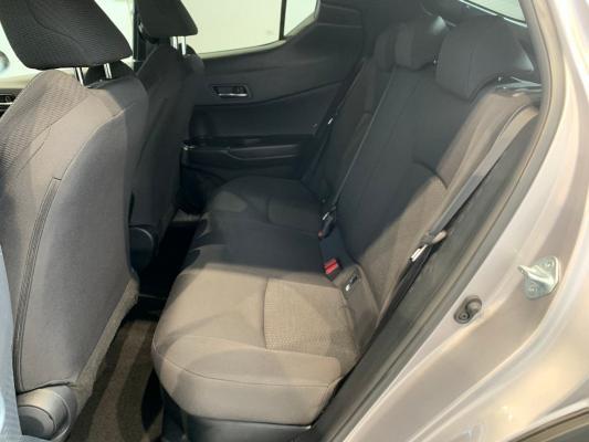 Toyota C-HR Hybrid 10