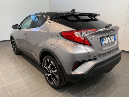 Toyota C-HR Hybrid 1
