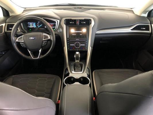 Ford Mondeo Hybrid 14