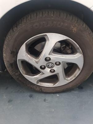 Toyota Yaris Hybrid 22
