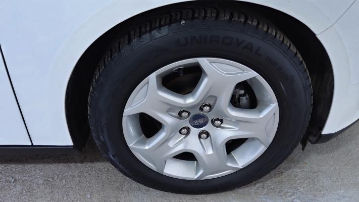 Ford Focus 14