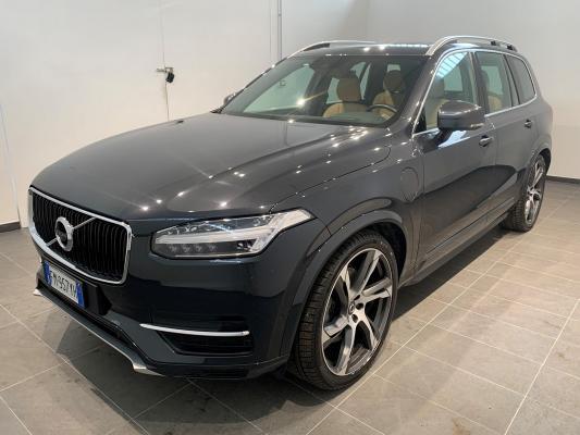 Volvo XC90 Hybrid 0