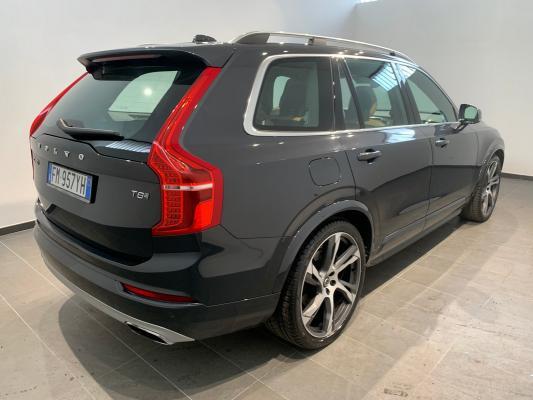 Volvo XC90 Hybrid 5