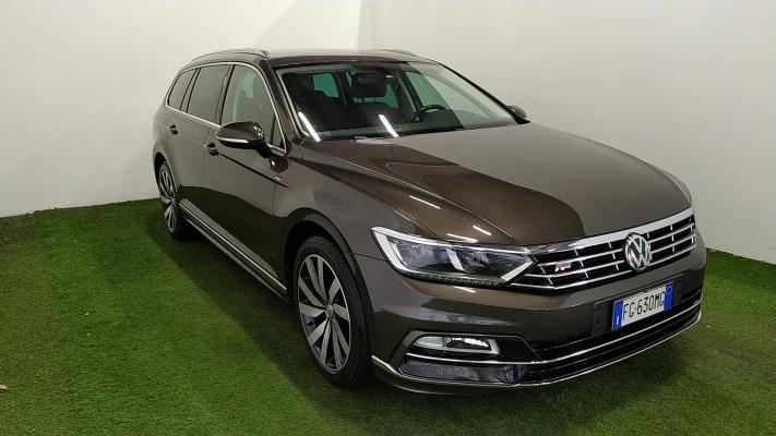 Volkswagen Passat Variant 4