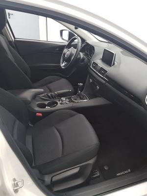 Mazda Mazda 3 10