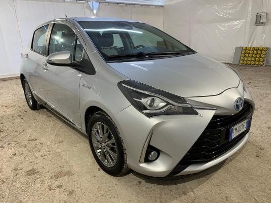 Toyota Yaris Hybrid 4