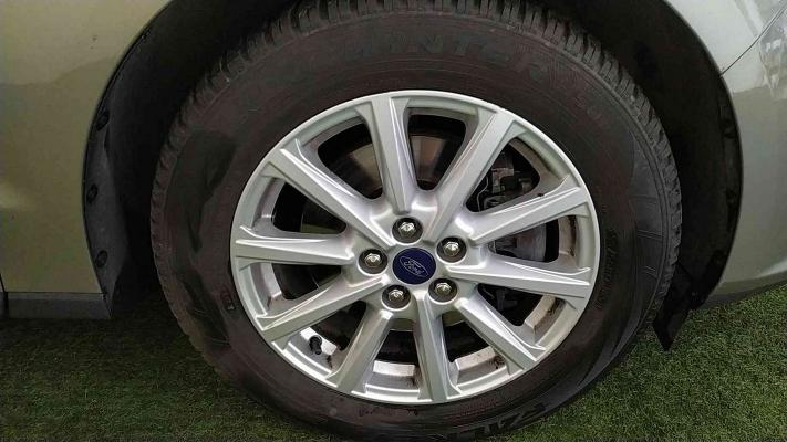 Ford S-Max 19