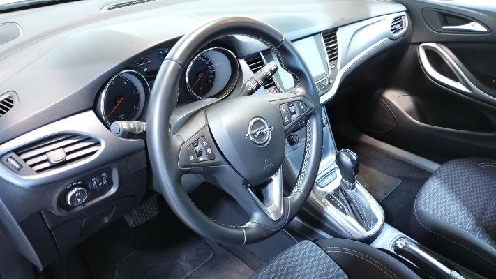 Opel Astra ST 12