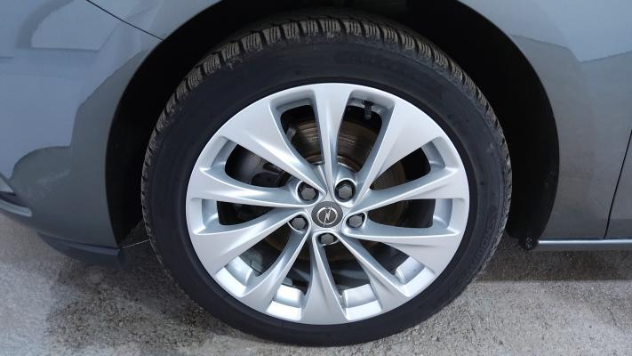 Opel Astra ST 15