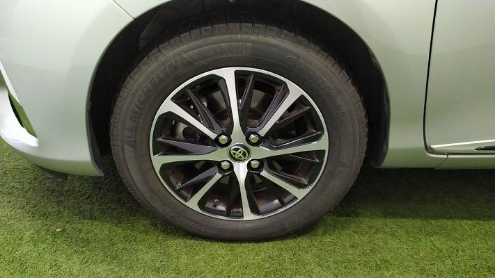 Toyota Yaris Hybrid 18