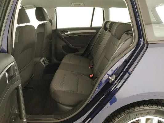 Volkswagen Golf Variant 11