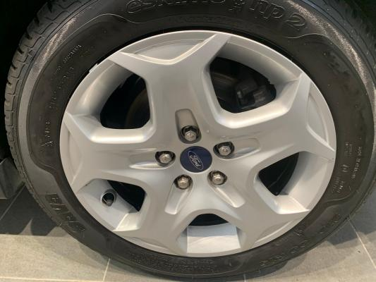 Ford C-Max 19