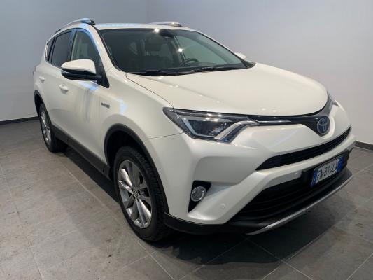 Toyota RAV4 Hybrid 3