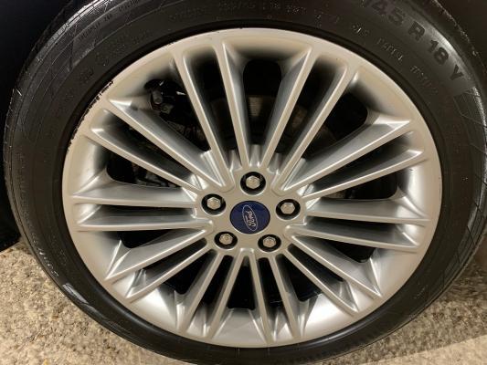 Ford Mondeo Hybrid 23