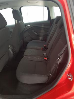 Ford C-Max 11