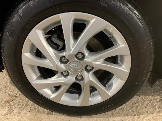 Toyota Auris TS Hybrid 20