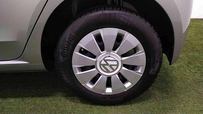Volkswagen up! 19